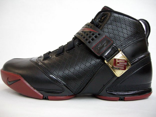 Nike Lebron  Shoes For Sale