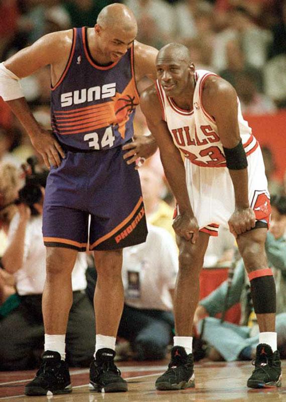 Suns Retired Charles Barkley's Jersey
